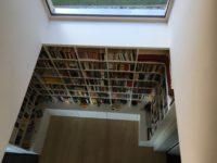 Bücherregal offen